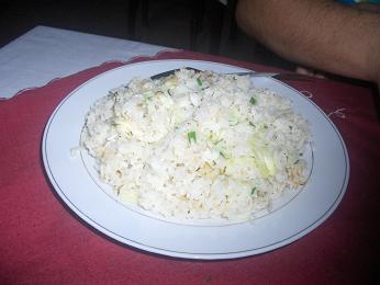 fried vegetable rice 14000 dong