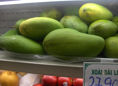 vietnamese mangoes on steroids