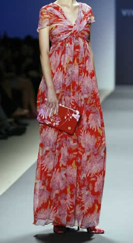 HP Digital Clutch on the Runway!