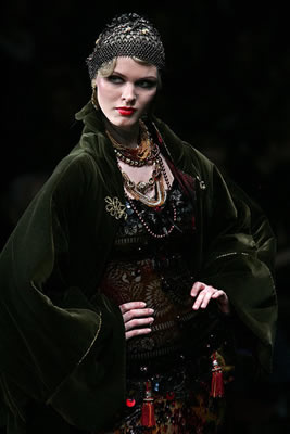 Russian Fashion Week - Slava Saitsev Fall 2009